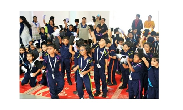 Sakal Media Group holds series of workshops in Clara Global School!