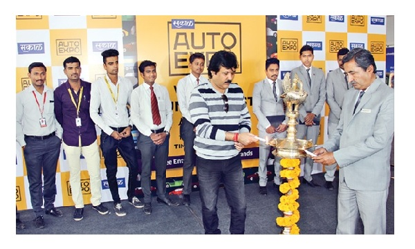Sakal Auto Expo takes off in city!