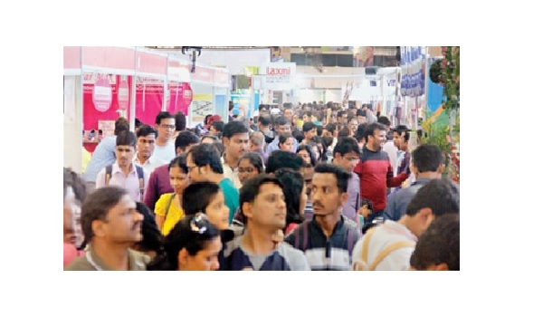 Consumers enthralled at shopping fest!